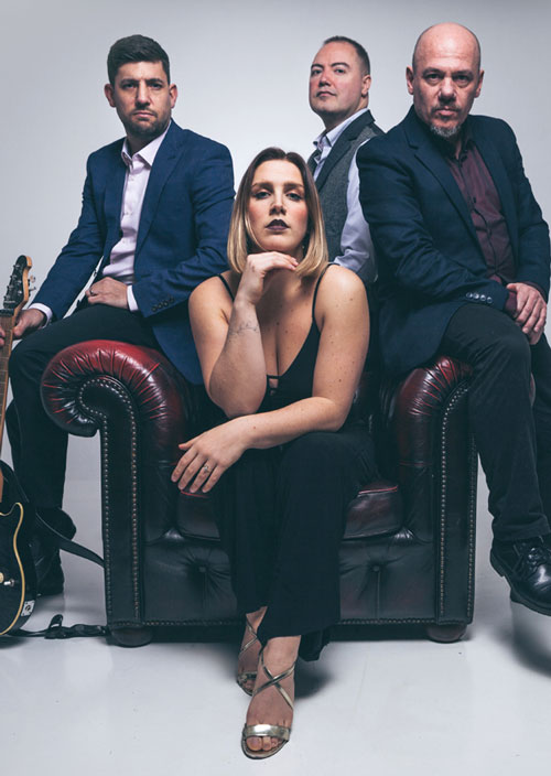 Electric Outfit - A band for weddings and parties